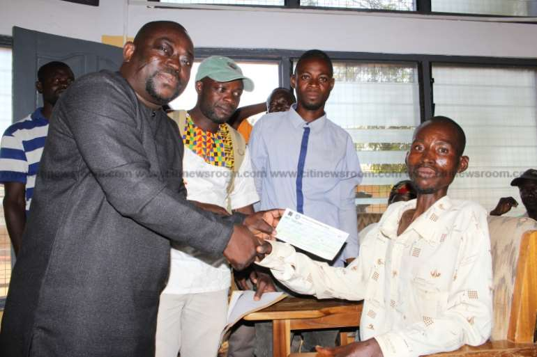 121201993602-sxoaredq5l-bongo-assembly-support-100-persons-with-disability-with-start-up-capital-for-economic-ventures-2