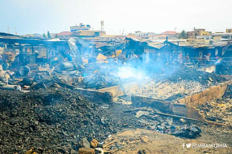 1216202080604-osjvn0y442-kantamanto-fire-bawumia-assures-affected-business-of-quick-support1