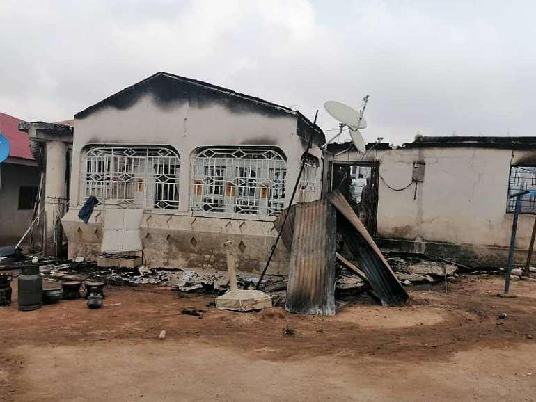 1221201950607-osjvm0x442-fire-incident-aftermath-2