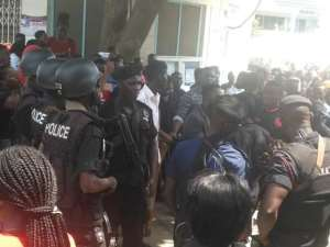 Students Protest At GIJ Amid Chaos