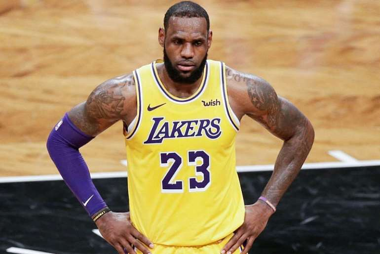 1224201984625-h41o266fea-historically-unselfish-lebron-james-says-lakers-have-no-energy-takers