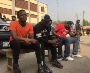 Singer, Small Doctor Arrested for 'Advertising' his Illegal Gun in Traffic