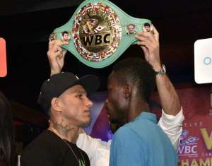 Maxwell Awuku Promises To Shock Miguel Berchelt In WBC Super Featherweight Title Fight