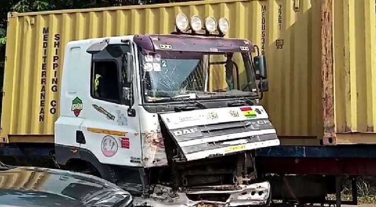 21202010602-j5eq27t2gb-articulated-truck