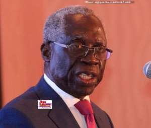 Yaw Osafo-Maafo thinks Mr Mahama is not carrying himself like statesman