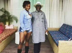 Ebony Reigns and her dad