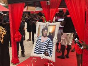 Five Sad Photos From Ebony's Funeral That Would Make You Sad Today (Viewer Discretion Advised)