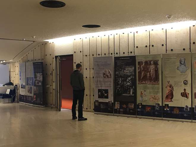 2262018111430 exhibition 8