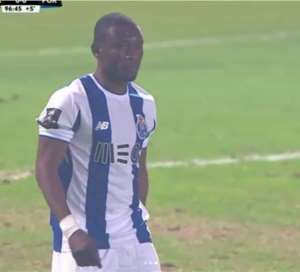 Porto Striker Majeed Waris To Profit From Soares Injury