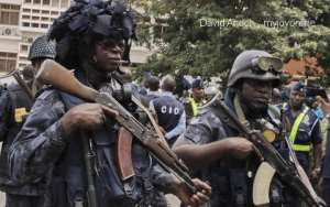 Robbery Attacks: Police Appear Ready For Combat