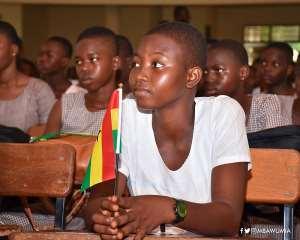 International Women's Day: Guide Children To Develop Interest In Reading