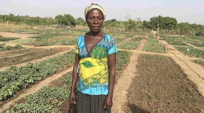 315201962740 1h830o4aau rose in her vegetable farm 2