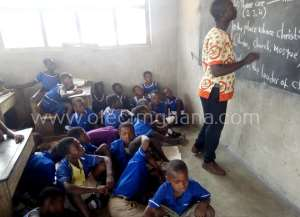 Pathetic! Pupils Of Fakwasi Presby Basic School Study On Bare Floor