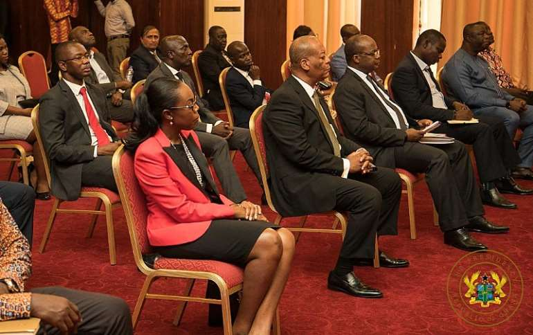 316202080608-uapctgfsrm-meeting-with-pharmaceutical-and-banking-leaders-1.jpeg