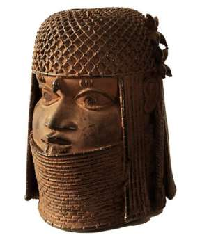 Photo:c. Museum fur Kunst und Gewerbe,Hamburg. </p><p><em>Head of an Oba, Benin,Nigeria,now in Kunst und Gewerbe Museum, Hamburg, Germany.</em>