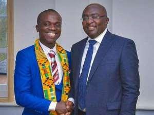 Vice President Dr. Mahamadu Bawumia(right)and Kwasi Nyame