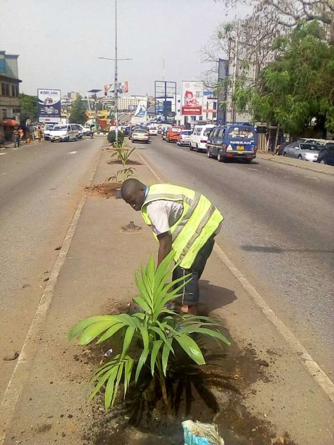 332018124850 beautification exercise in kumasi3