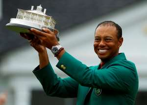 Trump, Obama Join Sports Greats Heaping Praise On Tiger Woods