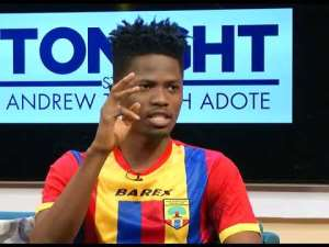 Die Hard Hearts of Oak Supporter Kwesi Arthur Win Hip-Hop Song of The Year