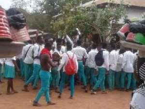 Atebubu Senior High School Students Attacked Police Station