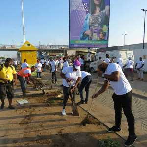 Achimota Mall Cleans Up Dome With Ga East Municipal Authority