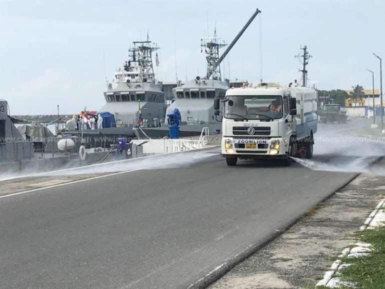 525202043603-qvmxpcb543-naval-command1