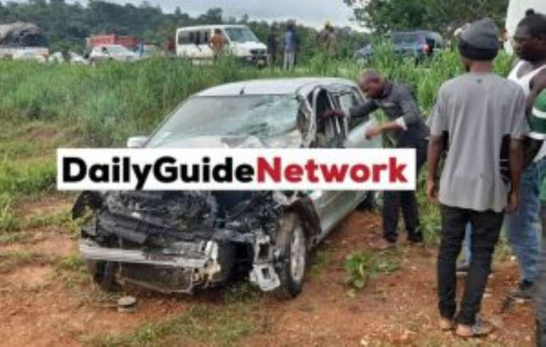 Two cars catch fire on Kumasi road