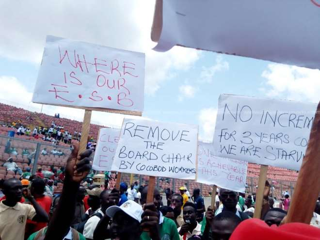 COCOBOD Workers protest against Hackman Owusu-Agyeman in Kumasi on May Day