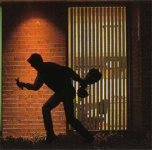 Cops Kill 5 Robbers
