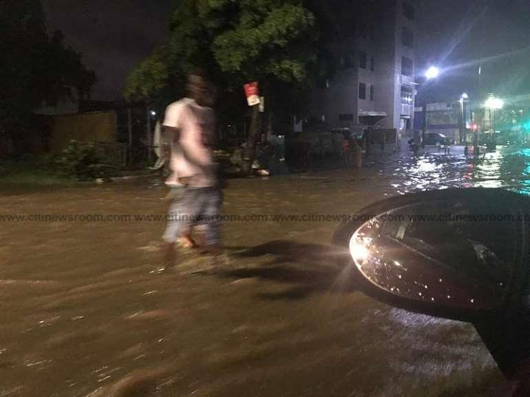 69202090605-8dt2wkivvq-flooding-in-accra-2020-7-1024x768.jpeg
