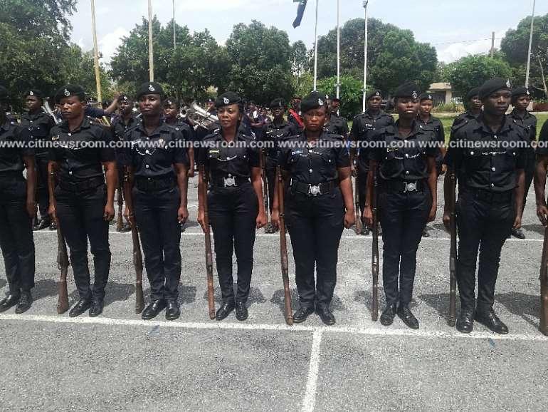 611201880607 policelamentlackofequipment2