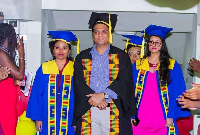 614201833654 dgrad 01 mike thakwani with graduants