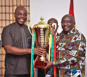 Sunday's President's Cup Match Trophy presented to Vice President