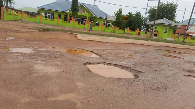 A section of road near Sunshine FM a few meters from the Bawku Municipal Police Station