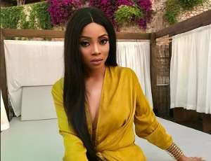 OAP, Toke Makinwa Steps out without Bra in Spain