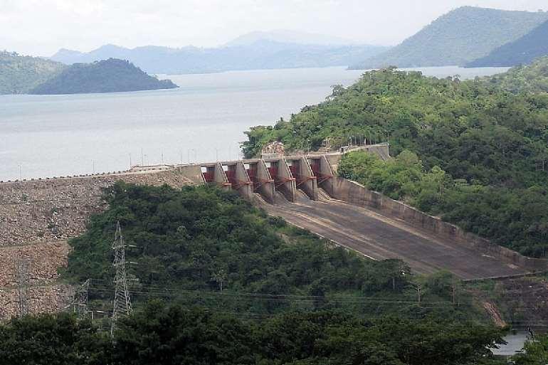 713202095335-m6itl8w331-1200px-spillway of akosombo dam