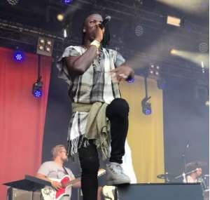 Video: Kabaka Pyramid Celebrates Stonebwoy at Reggae Geel 2018
