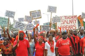 Teachers Vow To Demonstrate At Education Ministry Tomorrow