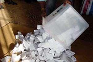 EC outlines voting process