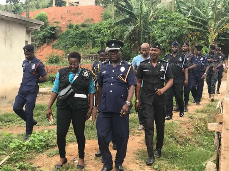 83201933603-1h830n4aau-police-meets-family-of-missing-girl-serves-notice-for-dna-samples-1.jpeg