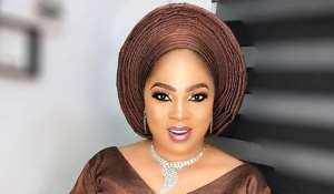Respect Ladies that Sell Legitimate Things to Survive…Actress, Regina Chukwu Warns