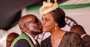 'I Looked At Her Lustfully Then Kissed Her. She Didn't Resist,' Mugabe Reveals How His Adulterous Affair With Grace Began
