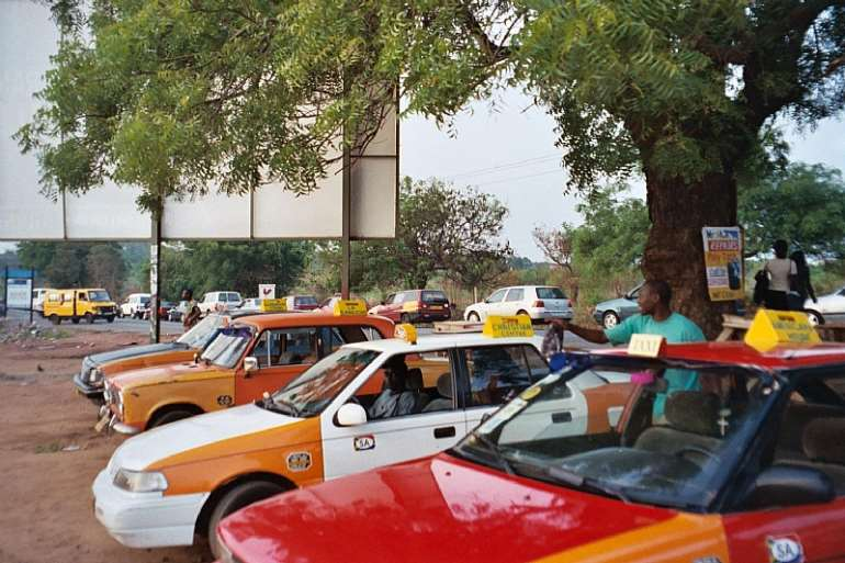 9132017113614 taxis
