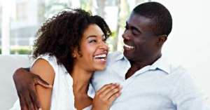 4 Signs Your Boyfriend Falls In Love Wth You Everyday