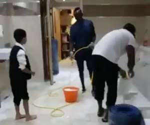 Sadio Mane 'Cleans Mosque Toilets' Just Hours After Scoring In Liverpool's Win Over Leicester