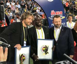 Fenerbahçe Honours Former Black Stars Skipper Stephen Appiah