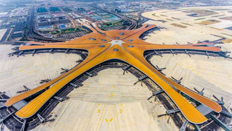 930201963634-0h830n4ayt-http3a2f2fcdn.cnn.com2fcnnnext2fdam2fassets2f190918141650-beijing-daxing-international-airport-aerial