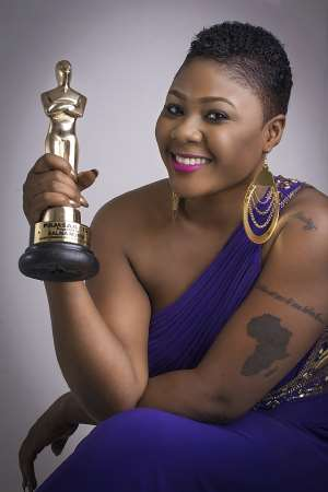 Salma Mumin Wins First Award After 5 years of Acting