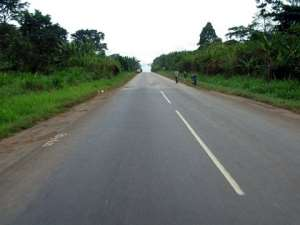 4 Persons Escape Death On Sunyani-Kumasi Highway