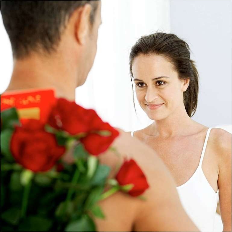 man gives flowers1